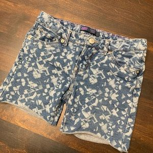 "Levi's ""The Knit Jean"" Girls Shorts S.8"